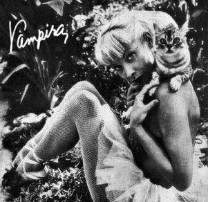 EOF- Vampira -24