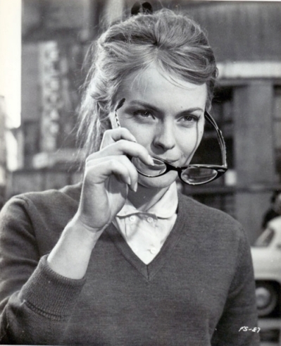 glasses on jean seberg in French Style 1963