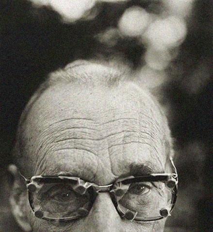 glasses vintage old man