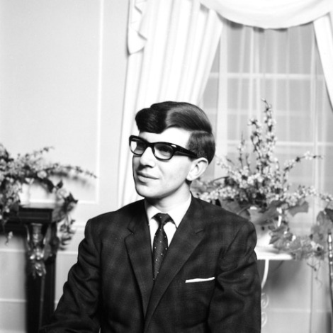 Portrait of a young Stephen Hawking.