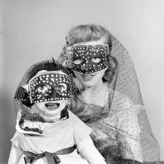 ventriloquy masked gameshow 1948 Whos that Girl?