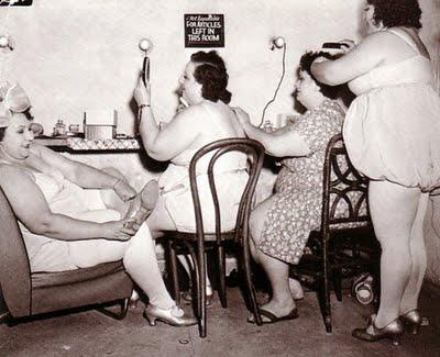 Women of the Eye Fat Ladies Powder Room