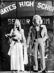 Carrie White and Tommy Ross Win Prom King and Queen