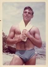 ralph-pfundstein-1950S-beach