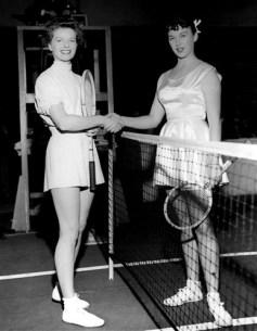 eof tennis- gussie moran and katharine hepburn