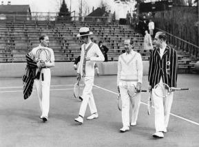 Gottfried von Cramm, Gustav V., Hr Kleinschroth und Heinrich Henkel, 1935
