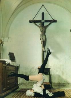 REligion fashion peasent