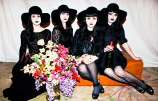 teen witches funeral party