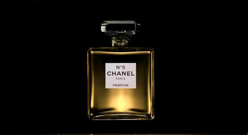 chanel no 666 it s inevitable the eye of faith vintage. Black Bedroom Furniture Sets. Home Design Ideas