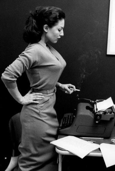 EOF Sweater Girls - Back to Work