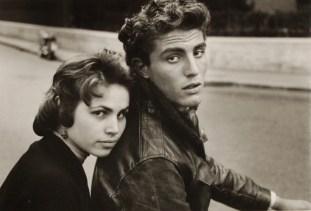 EOF SWEATER GIRLS- george daniell - couple on motorcycle, rome, 1955