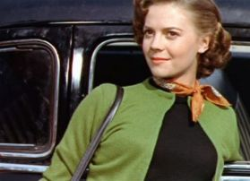 EOF SWEATER GIRLS- Natalie Wood - Original Mean Girl