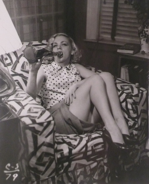 EOF- Snapshot- Vintage Wino 1940s Girlie Girl Soaks Away Her Problems