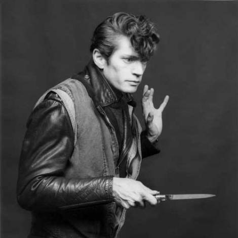 robert mapplethorpe - self portrait- 1983