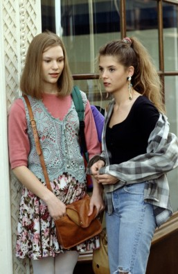 90s-fashion-My-So-Called-Life-vintage inspiration666x1024