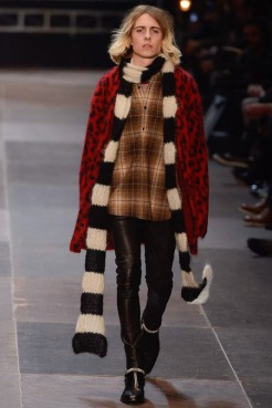 elegantly wasted- saint-laurent-paris-fashion-week-fall-2013-10