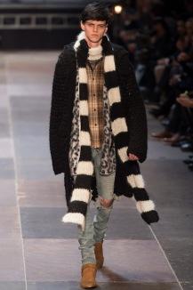 elegantly wasted-saint-laurent-paris-fashion-week-fall-2013-19