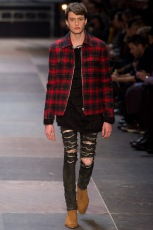 elegantly wasted-saint-laurent-paris-fashion-week-fall-2013-32
