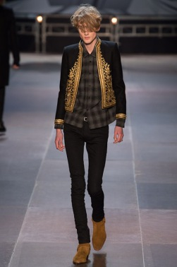 elegantly wasted-saint-laurent-paris-fashion-week-fall-2013-35