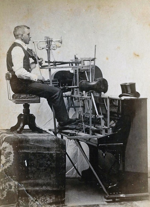 eof snapshot of the day - march 12 2013- make your own kind of music - vintage inspiration