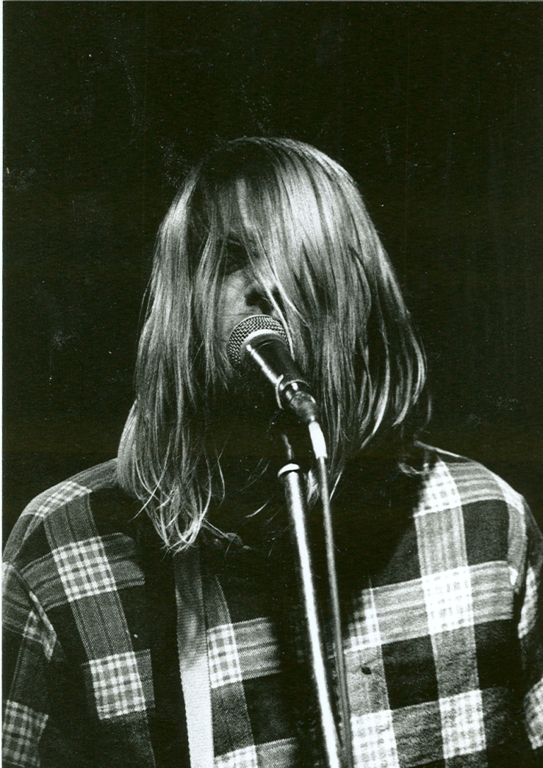 kurt cobain black and white plaid shirt photo vintage style inspiration
