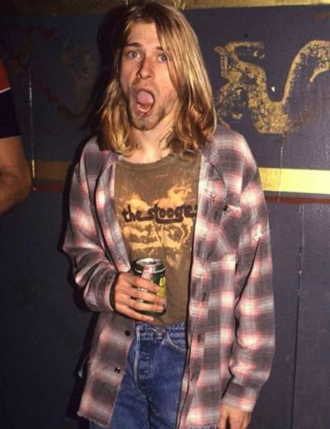 kurt cobain- plaid shirt vintage style inspiration- king of cool