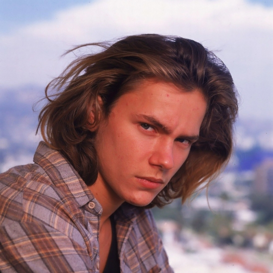 river phoenix in plaid too - rock n roll style idol- vintage style inspiration