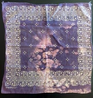 workwear inspiration- bleach stain bandana- 1930s