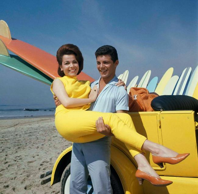 annette funicello � beach fashion style 1960s inspiration