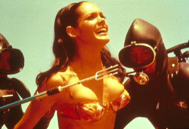 Claudine Auger- Thunderball- 1965 - bond babe vintage