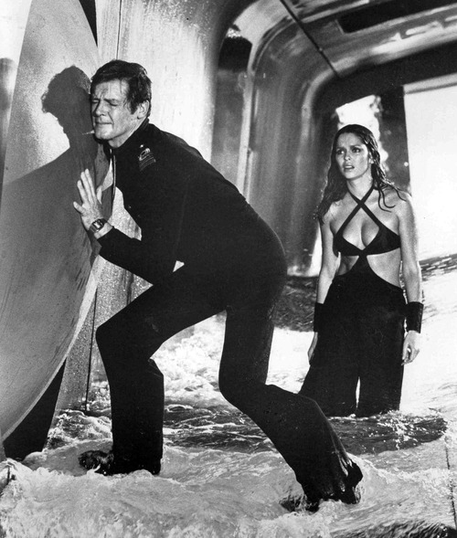 roger moore the spy who loved me nd barbara bach