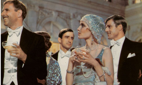 ruce-Dern-Mia-Farrow-and-Robert-Redford-in-The-Great-Gatsby-1974