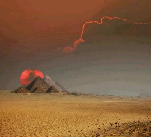 The Power of Time - Egypt - Giza - Lightning Bolt Strike