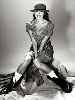 EOF Vintage Angelina Jolie Realness 2