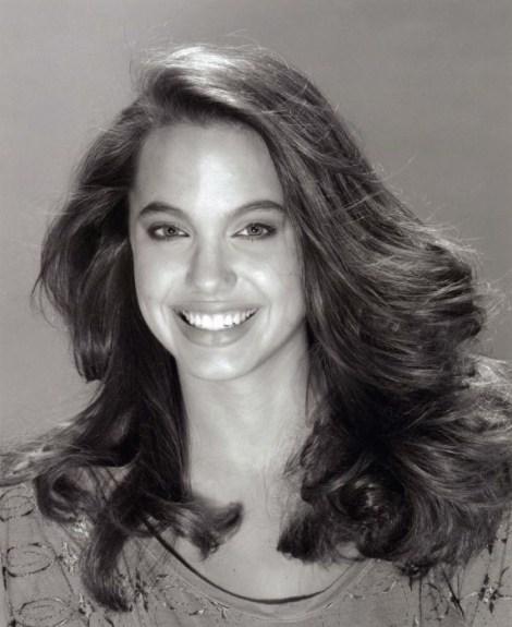 EOF Vintage Angelina Jolie Realness 8