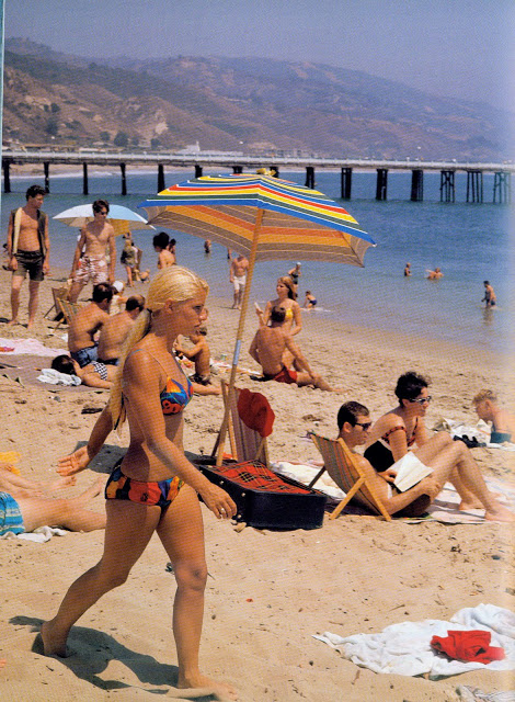 leroy granis vintage surf memories -discovered fashion moment photograph 1