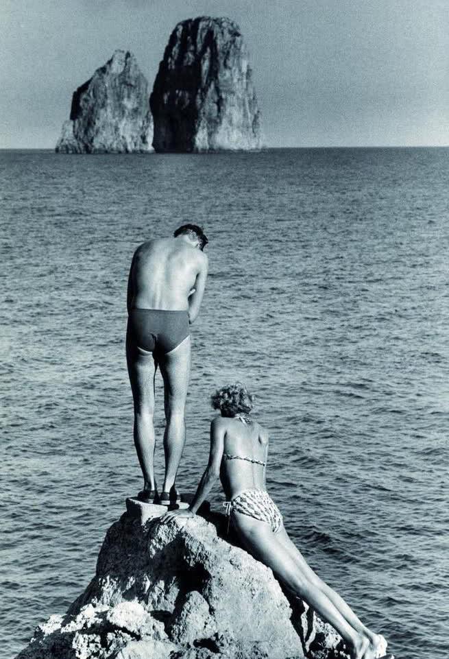 On the Coasts of Utopia - EOF Vintage