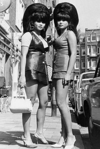 Eye of Faith Vintage- Snapshot - June 18 - Big Haired 1960s Dragon Ladies