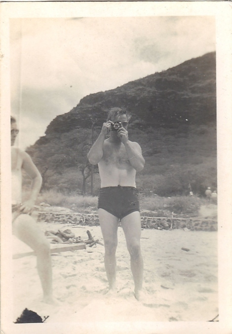 The Man With The Camera- Vintage Photography from The Eye of Faith