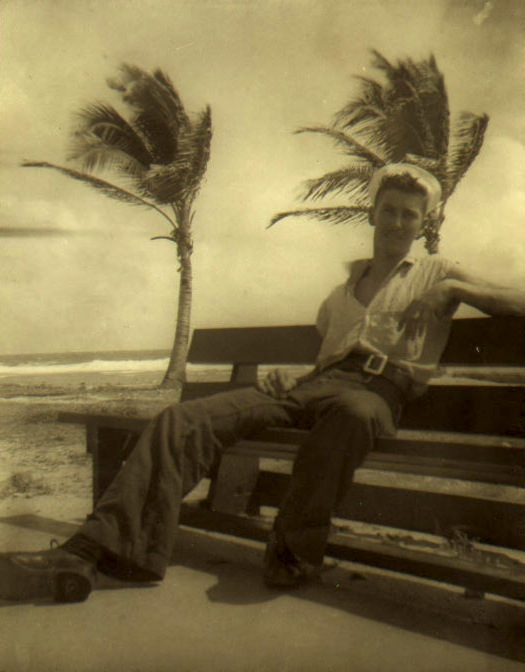 EOF Vintage Menswear- Summer Style - 1940s- Paradise Away- Sailor and Palms