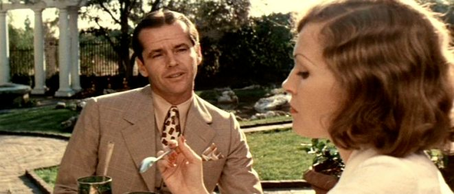 Evelyn Mulwray and Jake Gittes - Vintage Style- Chinatown (1974) - The Eye of Faith - style wise