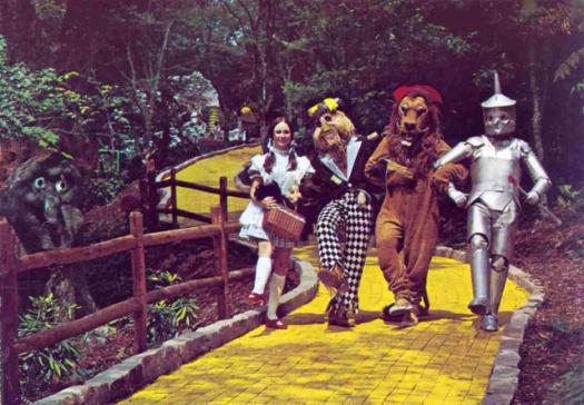wizard of oz- 1970s- vintage snapshot