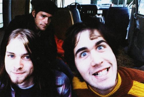 Chad+Channing+Kurt+CobainKrist+Novoselic+nirvana1988