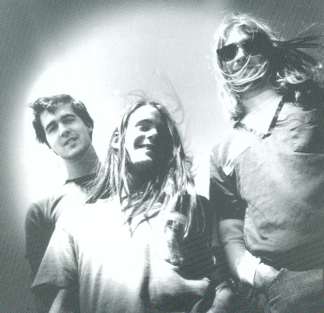 krist novoselic chad channing kurt cobain- nirvana (1988)