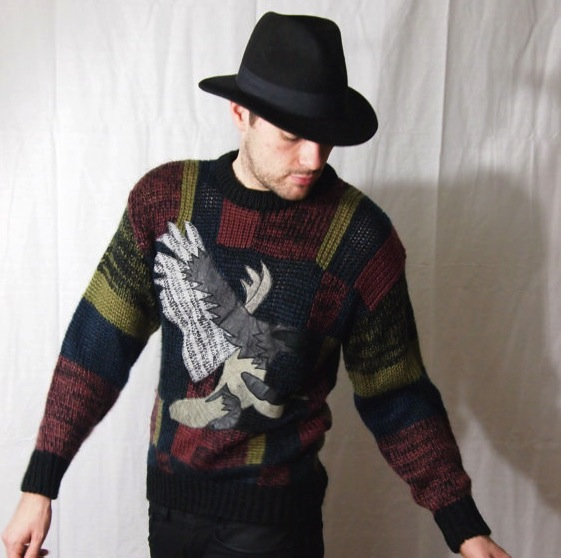The Eye of Faith Vintage- Cool Leather Eagle VintagegRAPHIC sWEATER-