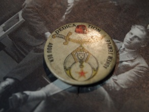 TURN OF THE CENTURY SHRINER PIN- THE EYE OF FAITH VINTAGE