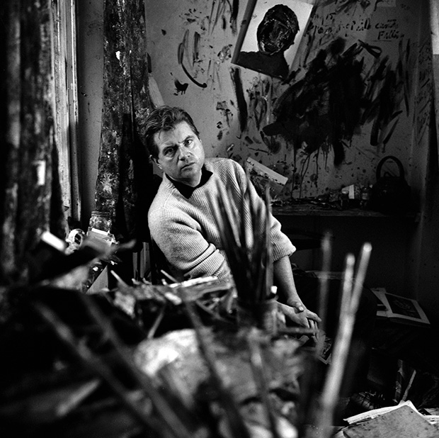 Francis bacon in studio