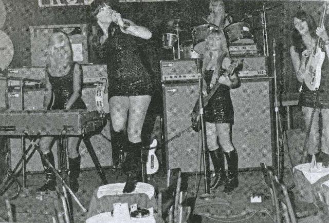 Pleasure Seekers- Punk Sisters- EOF Style Divinity - Patti Quatro
