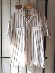 1960s Vintage Mens Striped Red and Blue Summer Surf Shirt