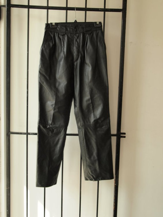 Cool Vintage 1990s Black Leather Mens Motorcycle Paris Street Goth Rave Minimal Urban Chic Sophisticated Harem Pant Trouser (Size 28)
